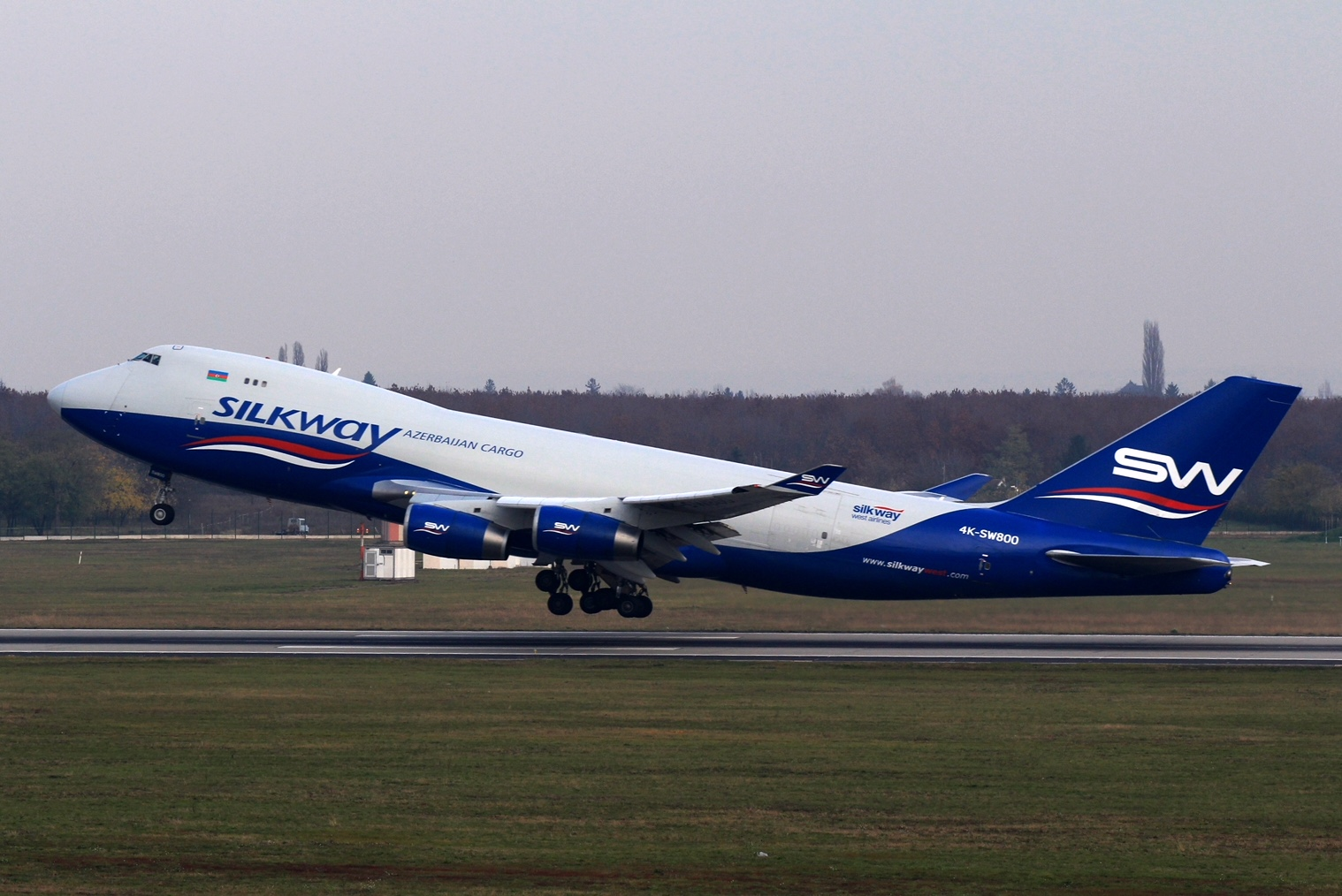 Silk Way West Airlines further expands and adds aircrafts
